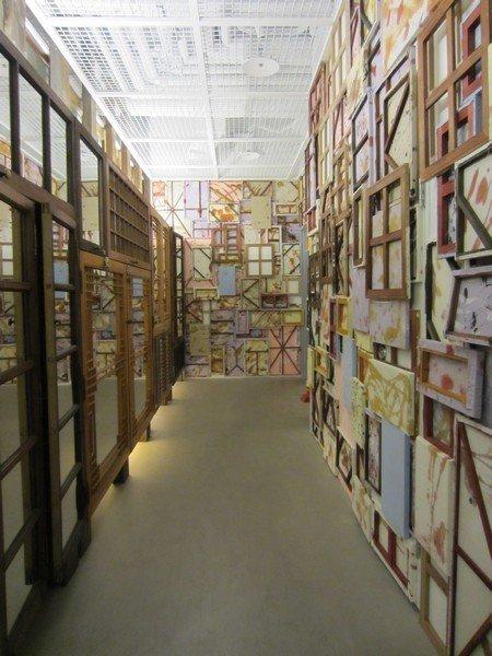 beaker store seoul itaewon 24