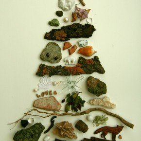 ALTERNATIVE CHRISTMAS TREE BY LADY MAGPIE