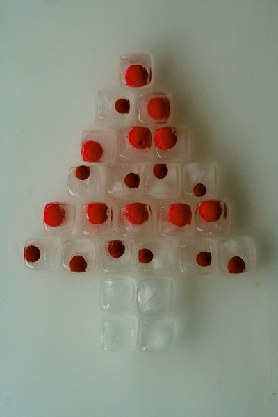 alternative christmas tree by little aesthete 3