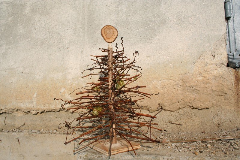 alternative christmas tree by woodrepublic 2