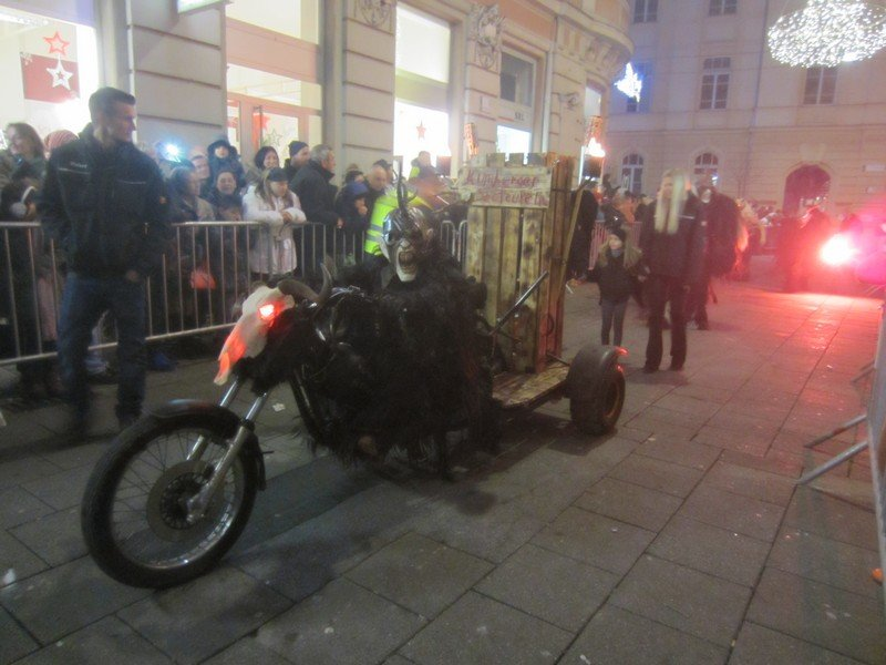 krampus in graz 24