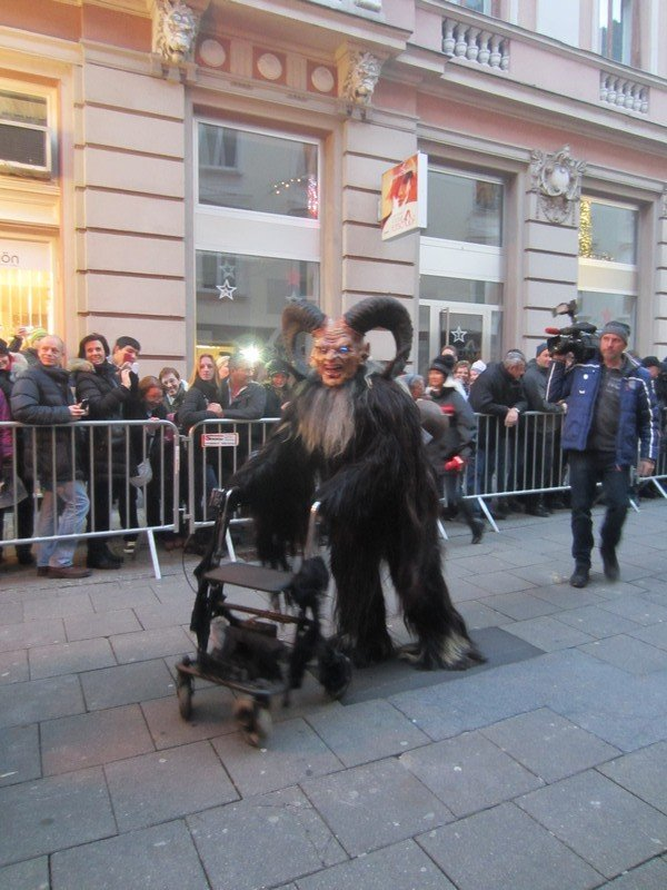 krampus in graz 9
