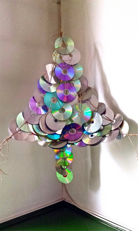 alternative christmas tree by mihaela dancs 9
