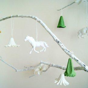 ALTERNATIVE CHRISTMAS TREE BY AMALIA DULHAN